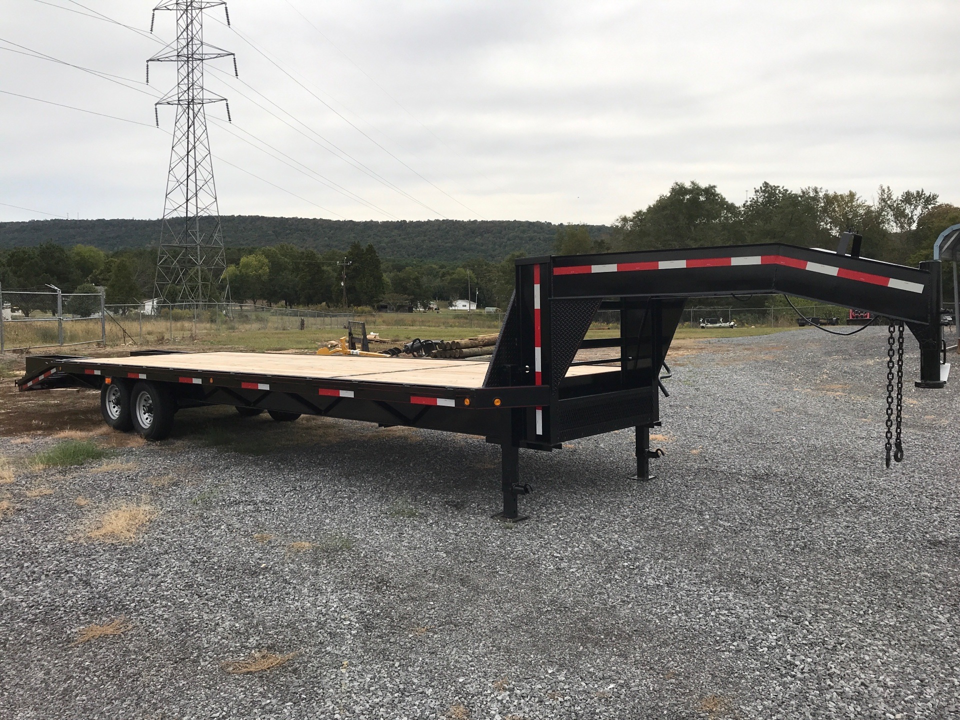 2019 P&T Trailer 8 X 25 + 5DECK OVER GOOSENECK in Leesburg, Alabama