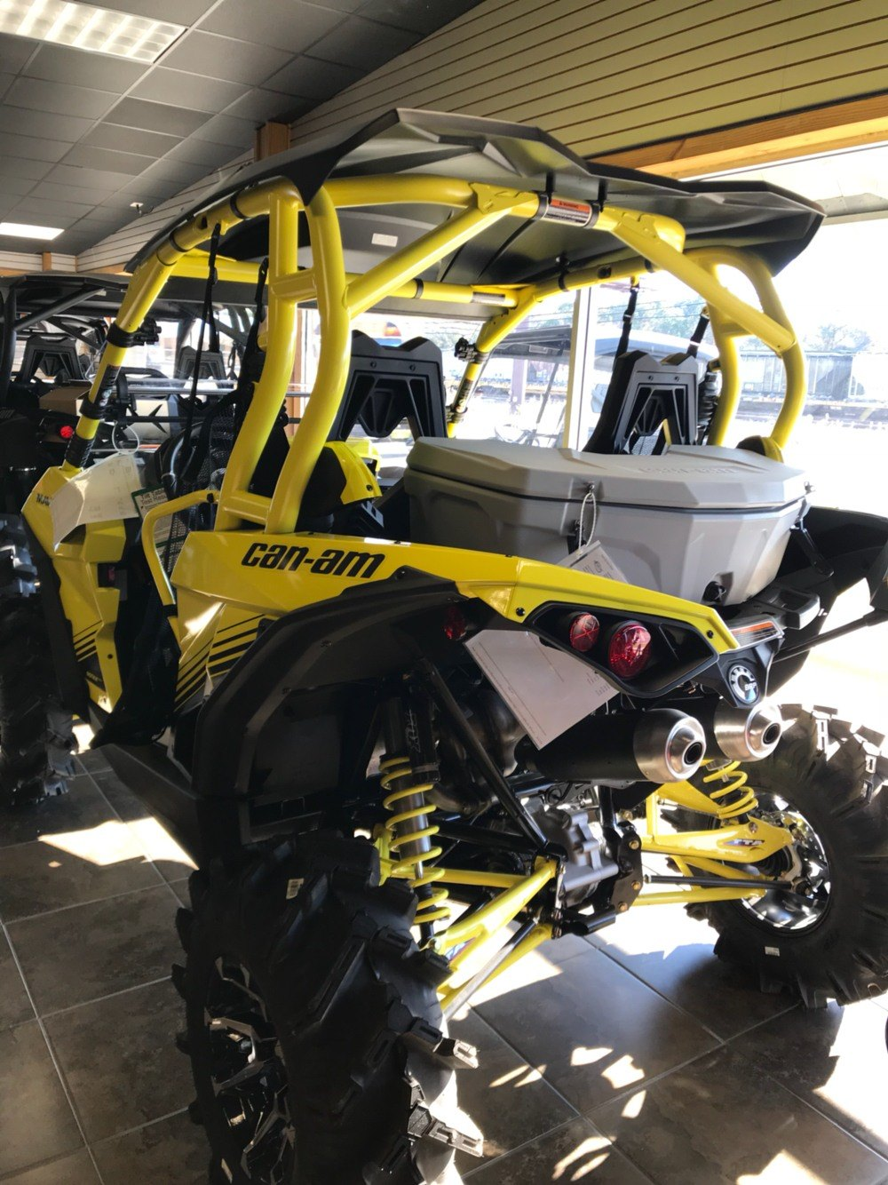 2018 Can-Am™ Maverick X MR 1
