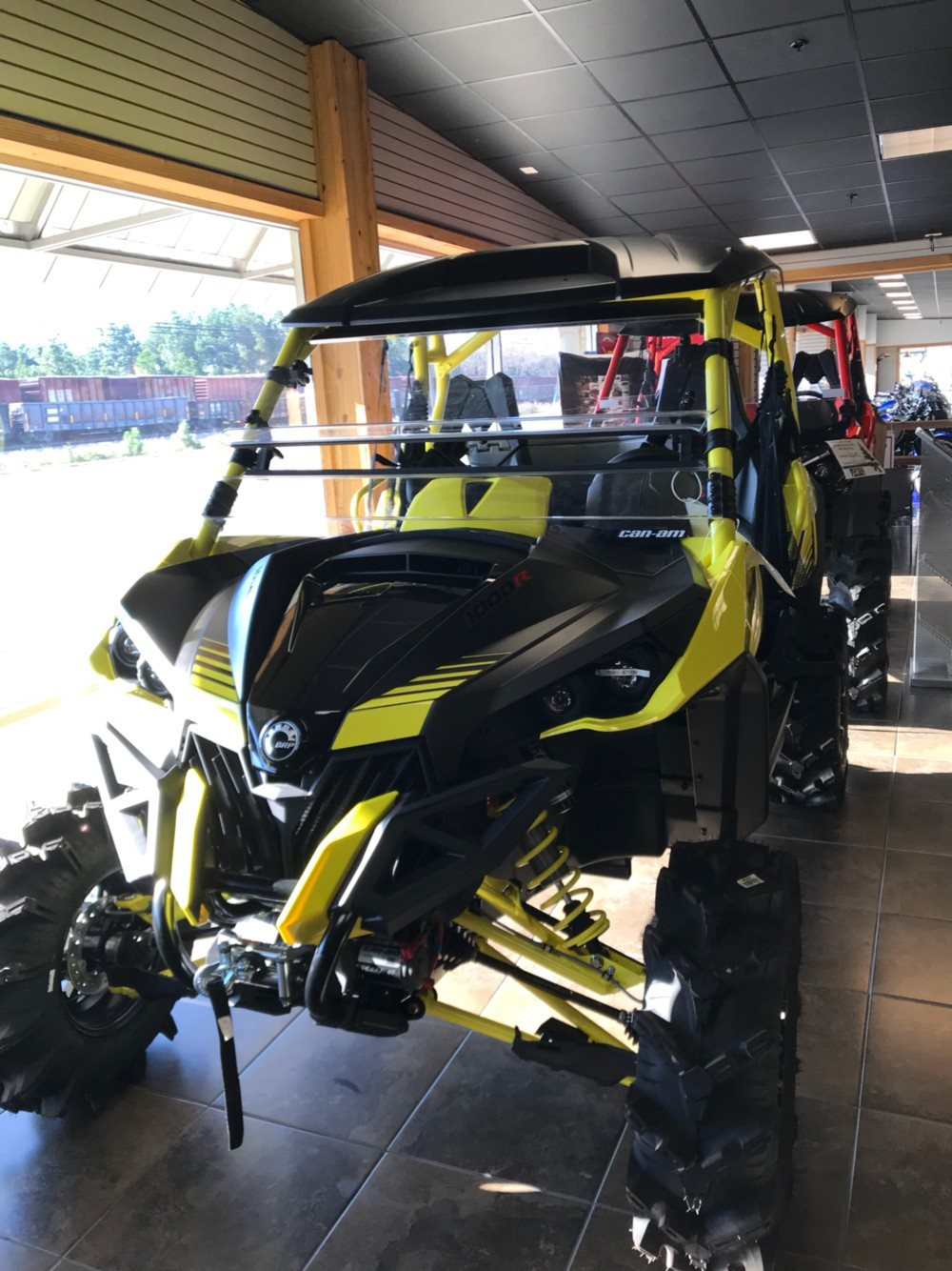 2018 Can-Am™ Maverick X MR 2