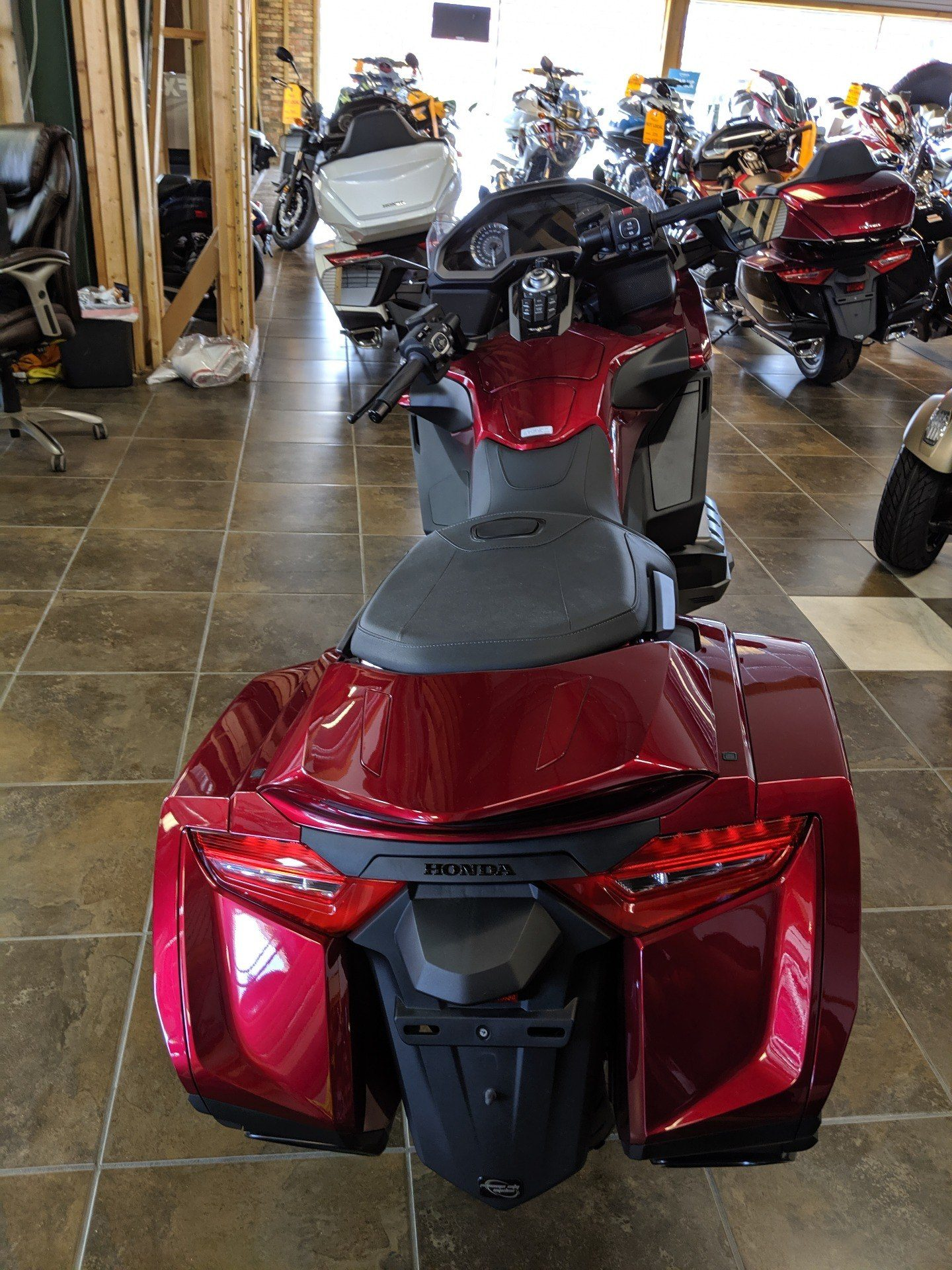 2018 Honda Gold Wing in Panama City, Florida - Photo 4