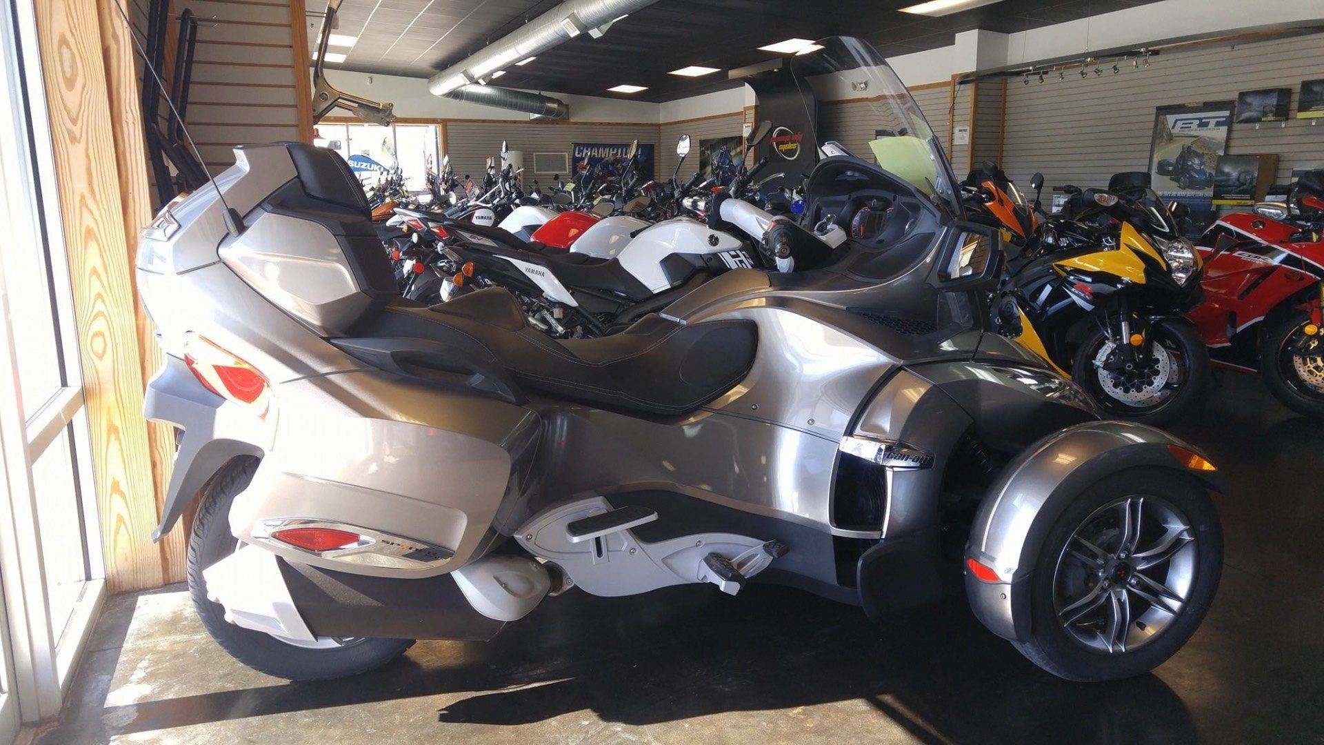 2012 Can-Am Roadster RT-S SE5 in Panama City, Florida