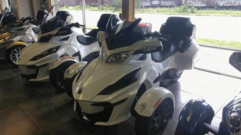 2018 Can-Am Spyder RT SM6 in Panama City, Florida