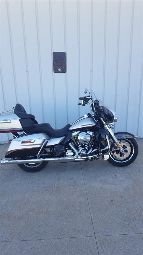 2015 Harley-Davidson Ultra Limited in Osceola, Iowa