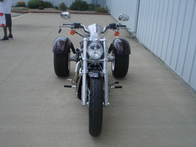 2007 Harley-Davidson VRSCAW/TRIKE in Osceola, Iowa - Photo 2