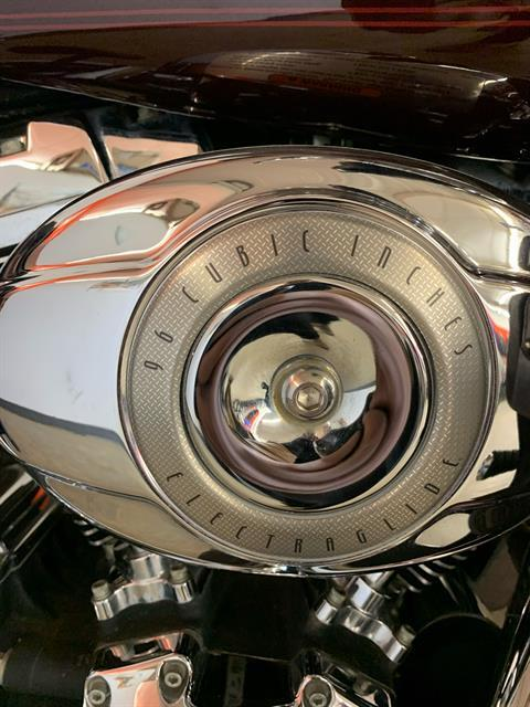 2007 Harley-Davidson Ultra Classic® Electra Glide® in Sioux Falls, South Dakota - Photo 3