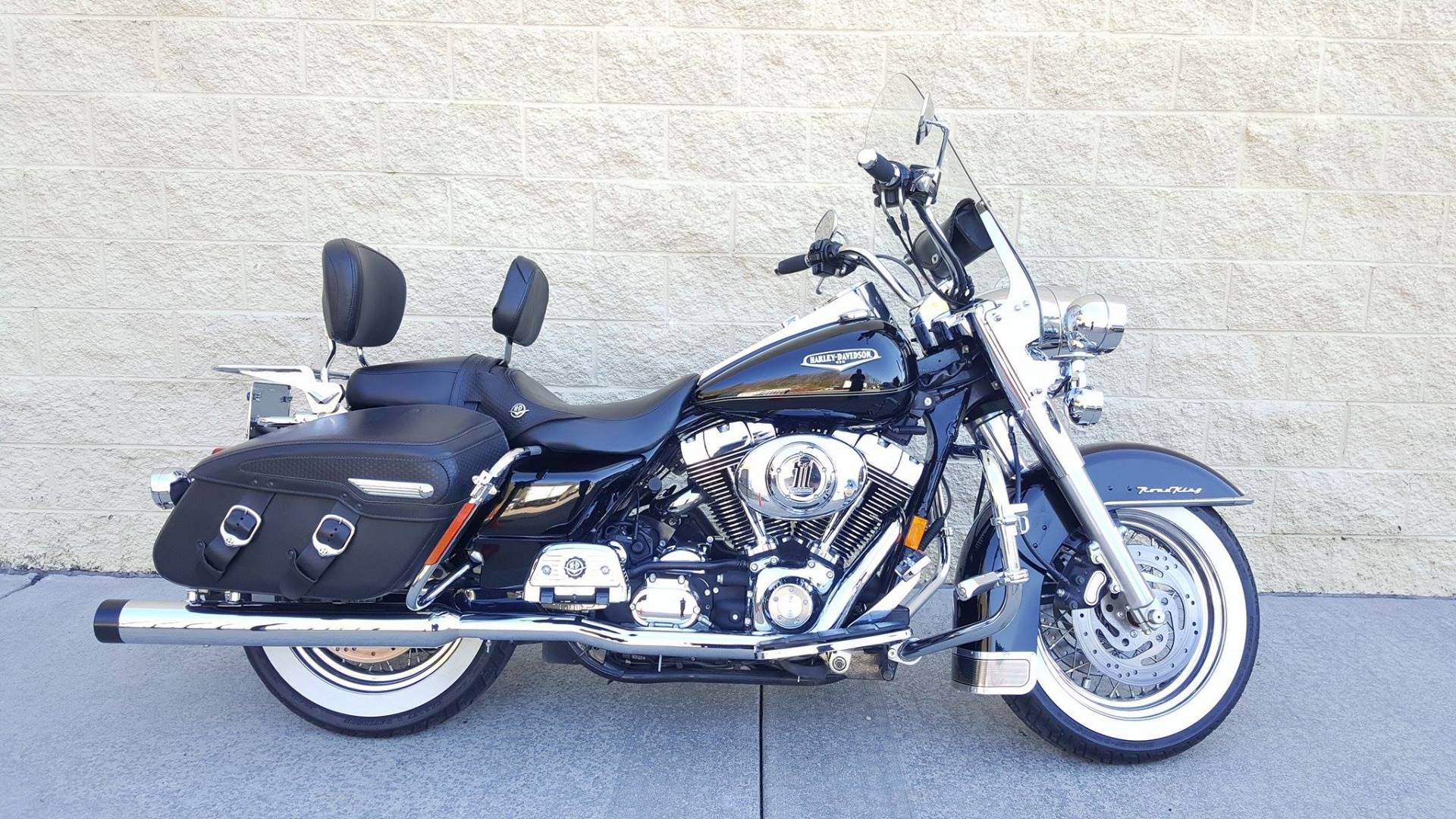 2004 Harley-Davidson FLHRCI Road King Classic