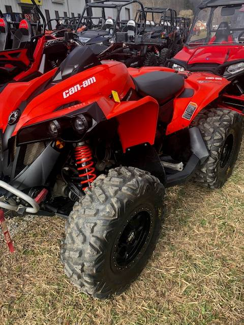 2017 Can-Am Renegade 1000R in Pound, Virginia