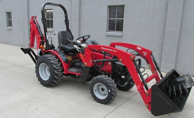 2018 Mahindra Max 26 XL Shuttle Tractor, Loader & Backhoe in Pound, Virginia