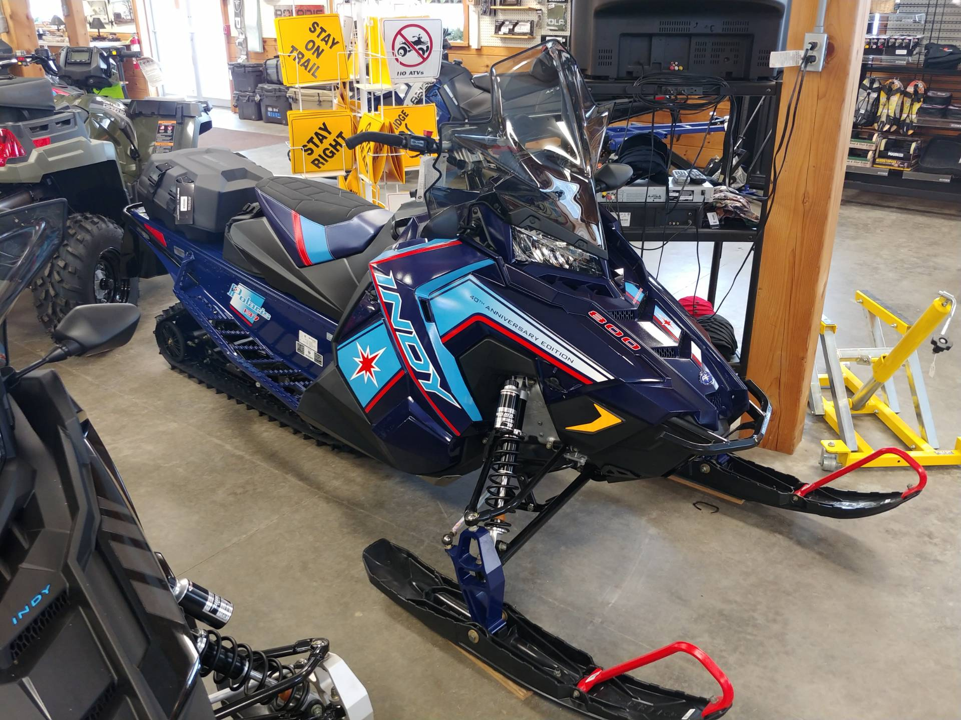 2020 Polaris 800 Indy Adventure 137 SC in Center Conway, New Hampshire - Photo 1