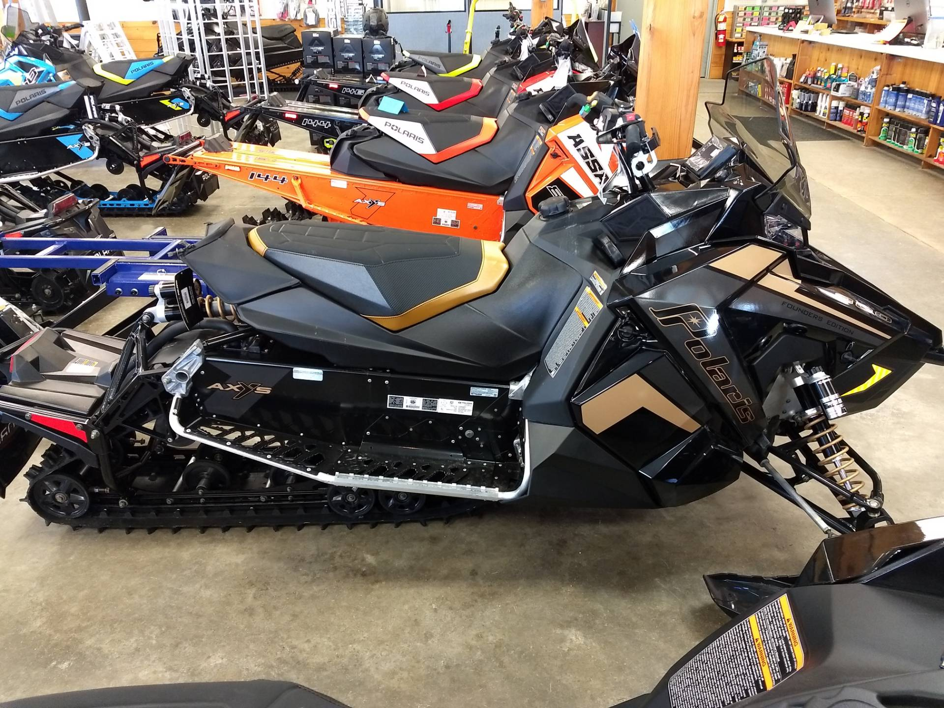 2019 Polaris 800 Switchback Pro-S SnowCheck Select in Center Conway, New Hampshire - Photo 2