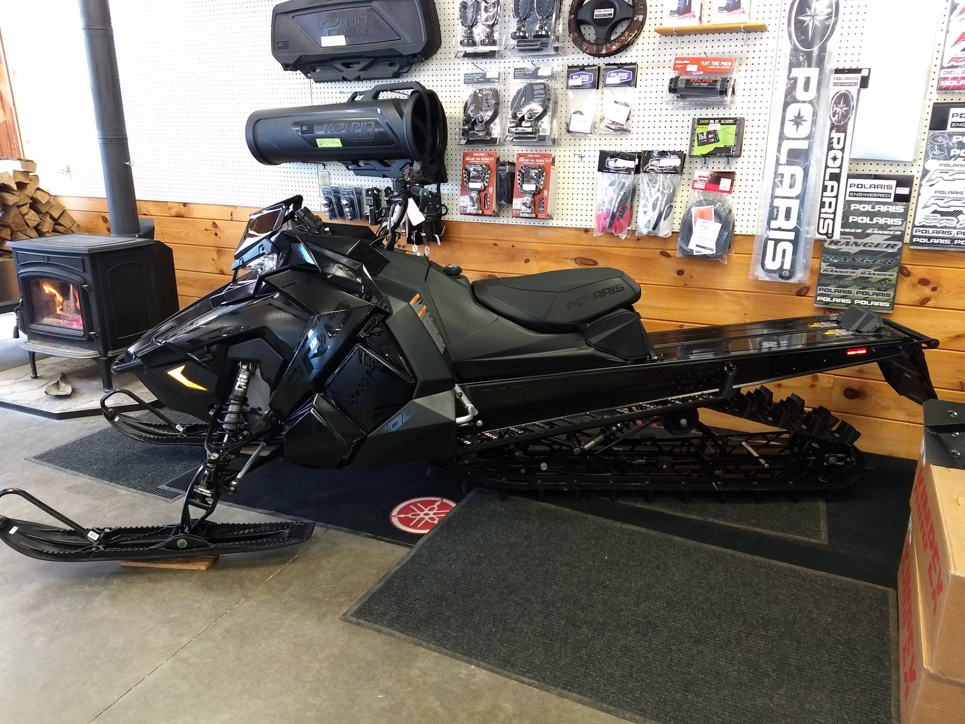 2019 Polaris 800 PRO-RMK 155 SnowCheck Select in Center Conway, New Hampshire - Photo 3