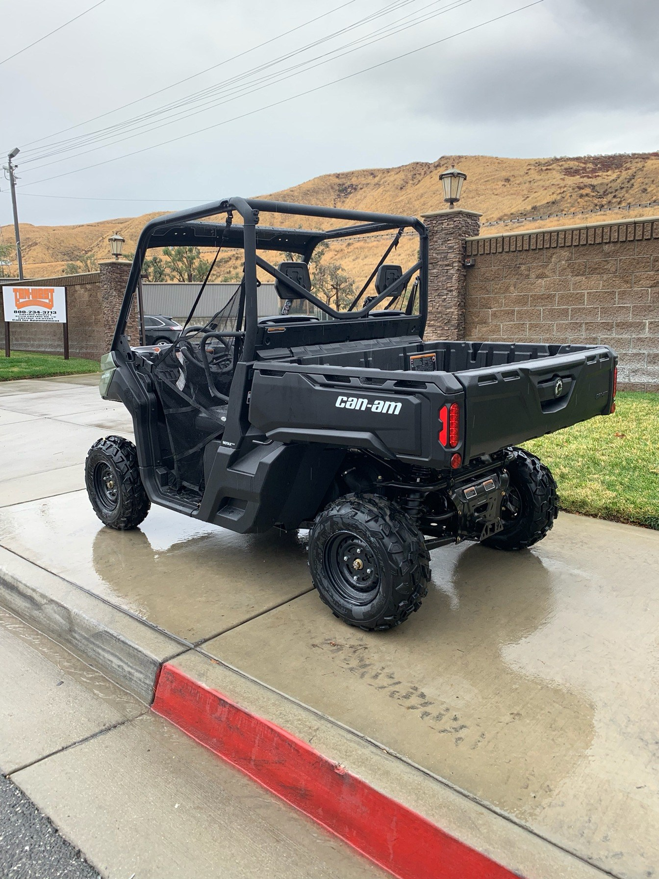 2020 Can-Am Defender HD5 in Castaic, California - Photo 3