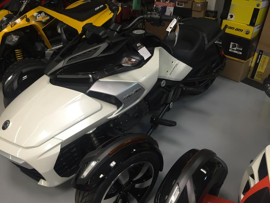 2016 Can-Am Spyder F3-S SE6 in Castaic, California