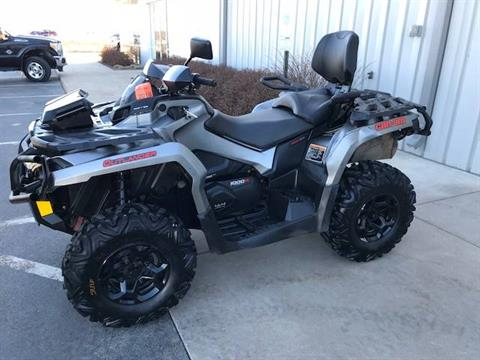 2016 Can-Am Outlander MAX XT 1000R in Appleton, Wisconsin