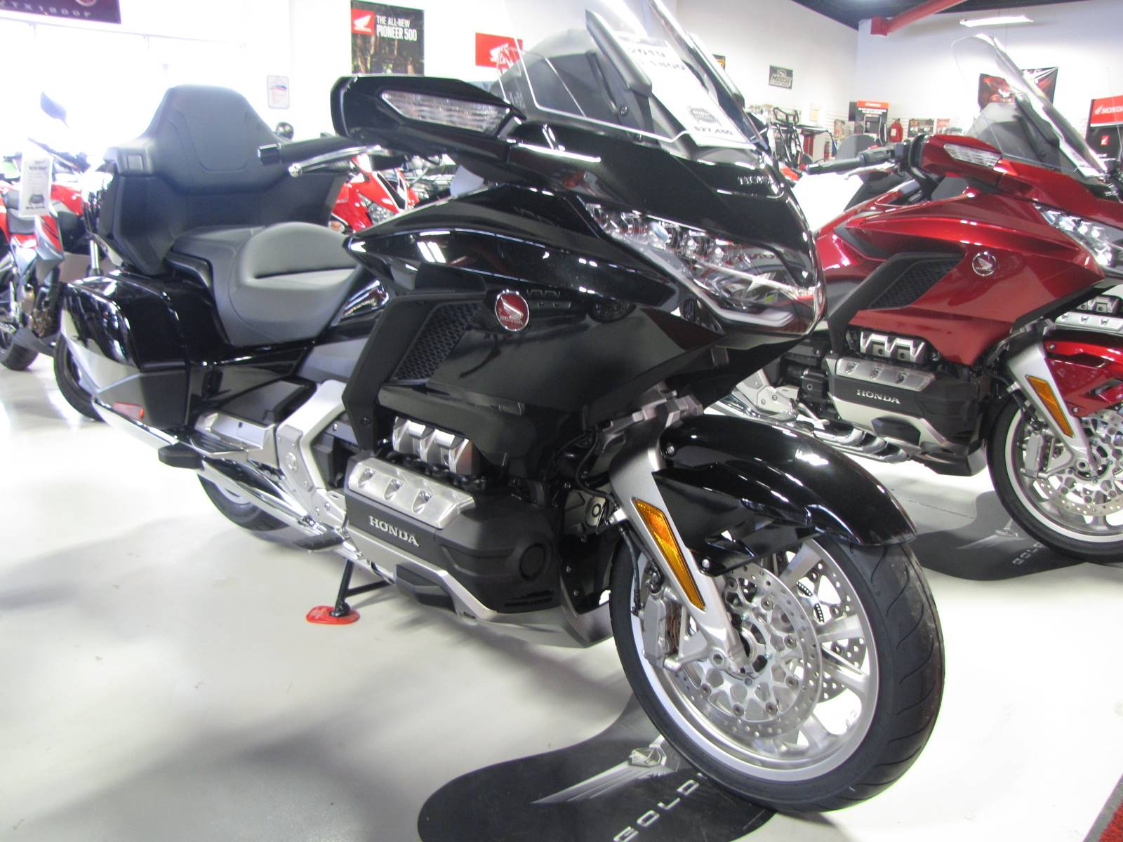 2019 honda gold wing tour for sale ottawa  oh   31311