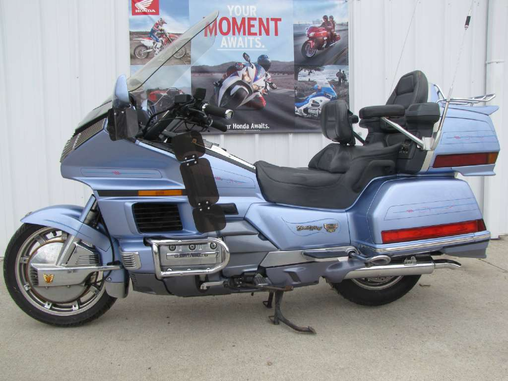 1990 Honda Gold Wing 1500 in Ottawa, Ohio - Photo 1