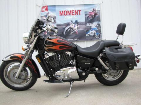 2005 Honda Shadow Sabre™ 1100 in Ottawa, Ohio - Photo 1