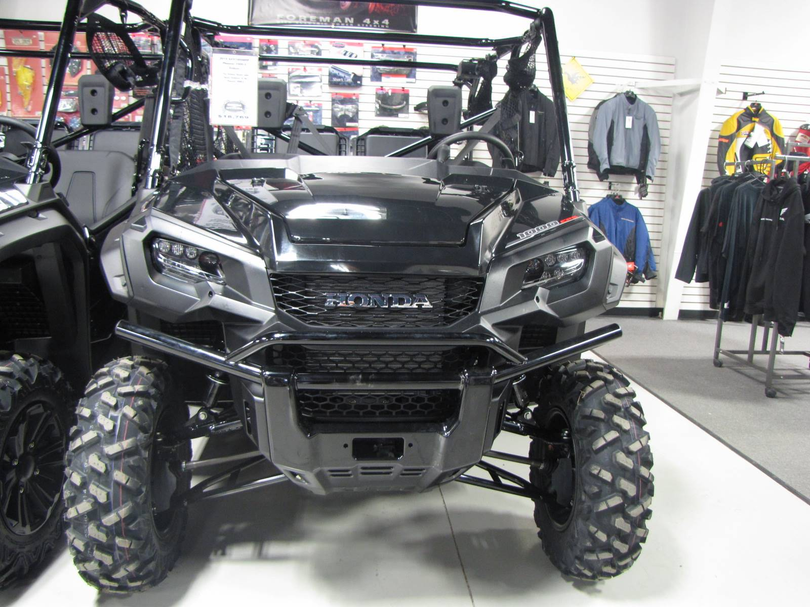 2019 Honda Pioneer 1000-5 Deluxe in Ottawa, Ohio - Photo 2