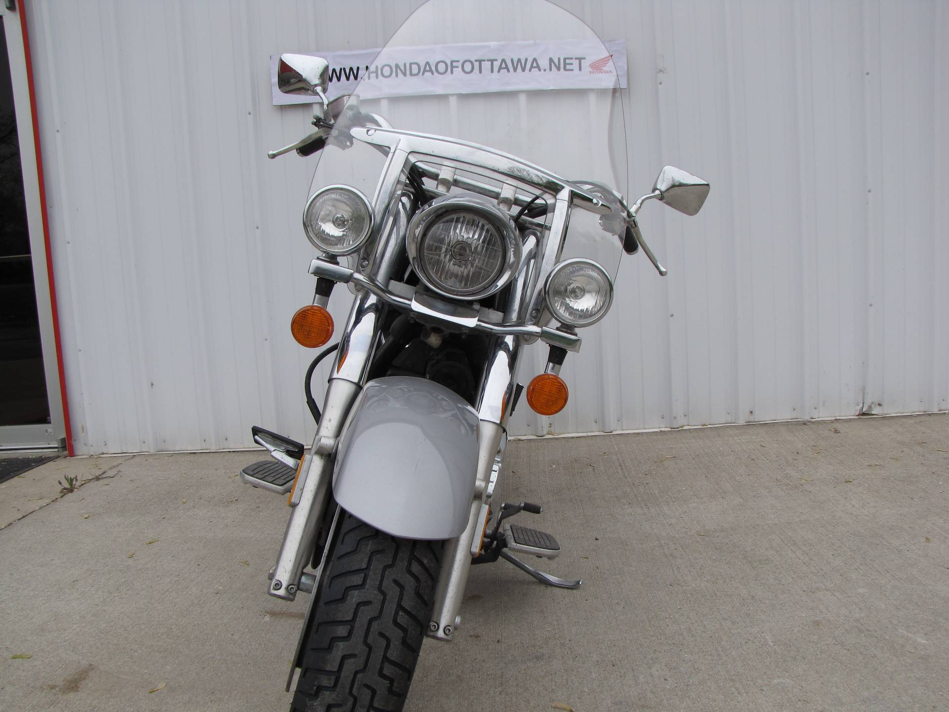 2005 Honda VTX™ 1300R in Ottawa, Ohio - Photo 3