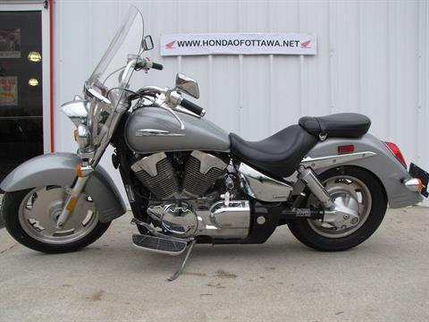 2005 Honda VTX™ 1300R in Ottawa, Ohio