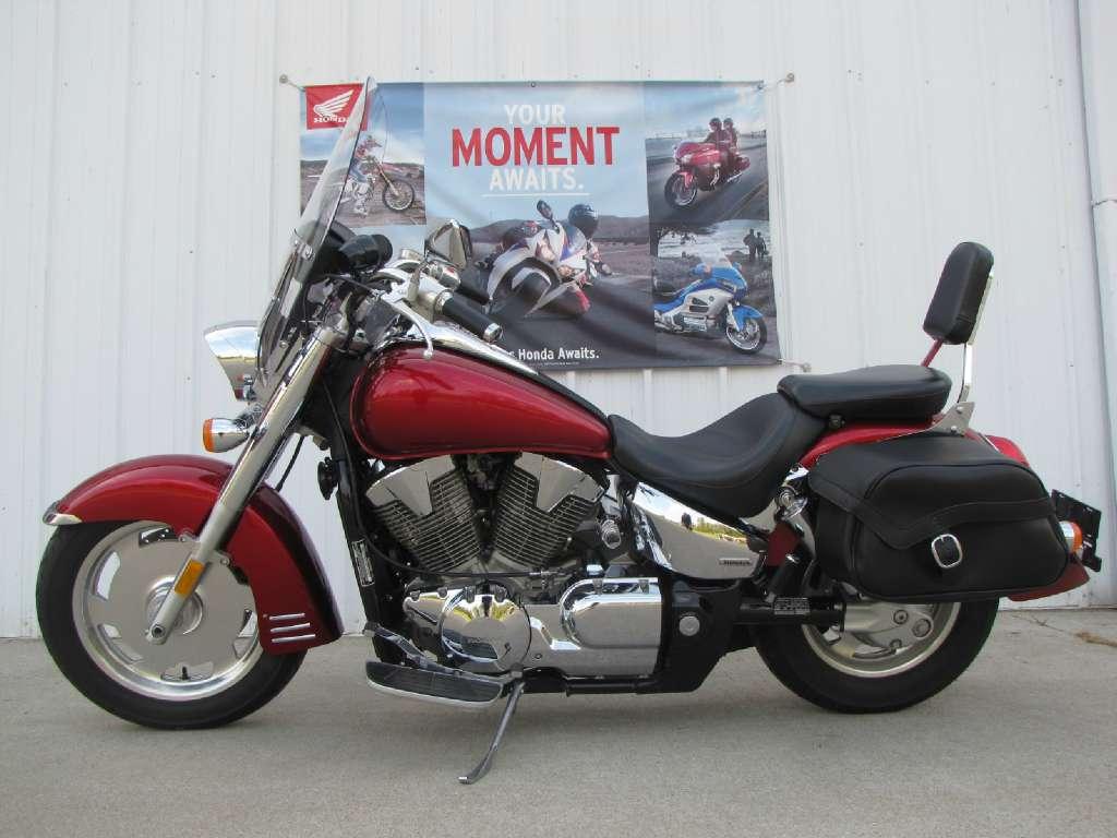 2005 VTX 1300R
