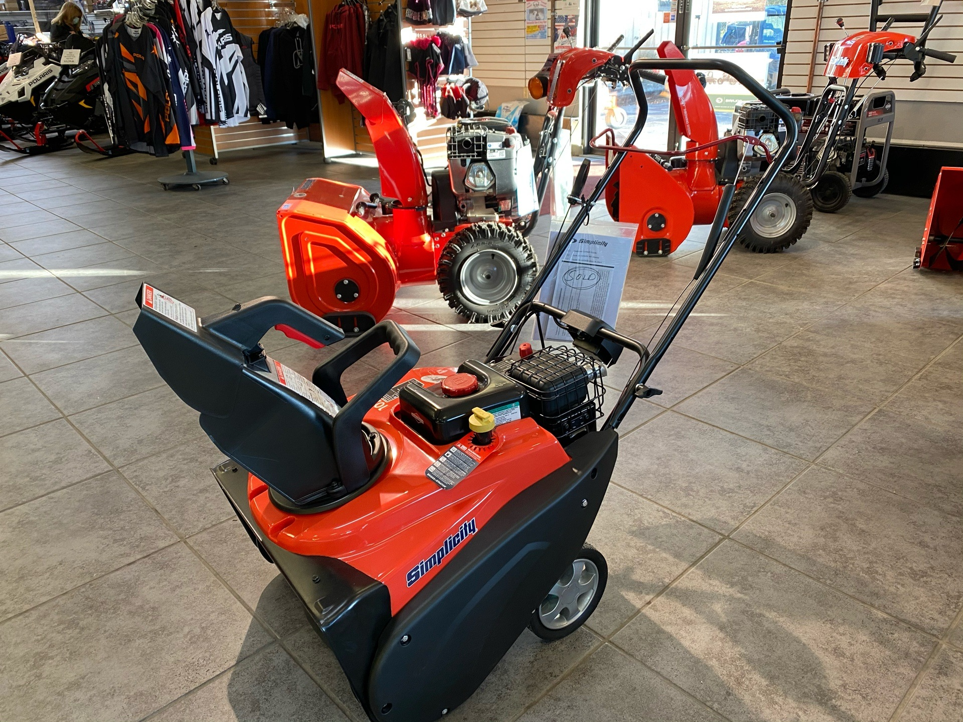 Simplicity SS SNOW THROWER 1022 EE in Fond Du Lac, Wisconsin - Photo 1