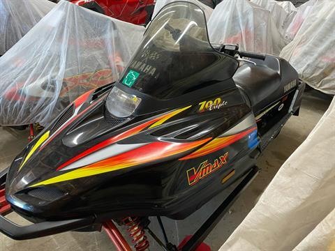 1999 Yamaha VMAX 700 in Fond Du Lac, Wisconsin - Photo 3