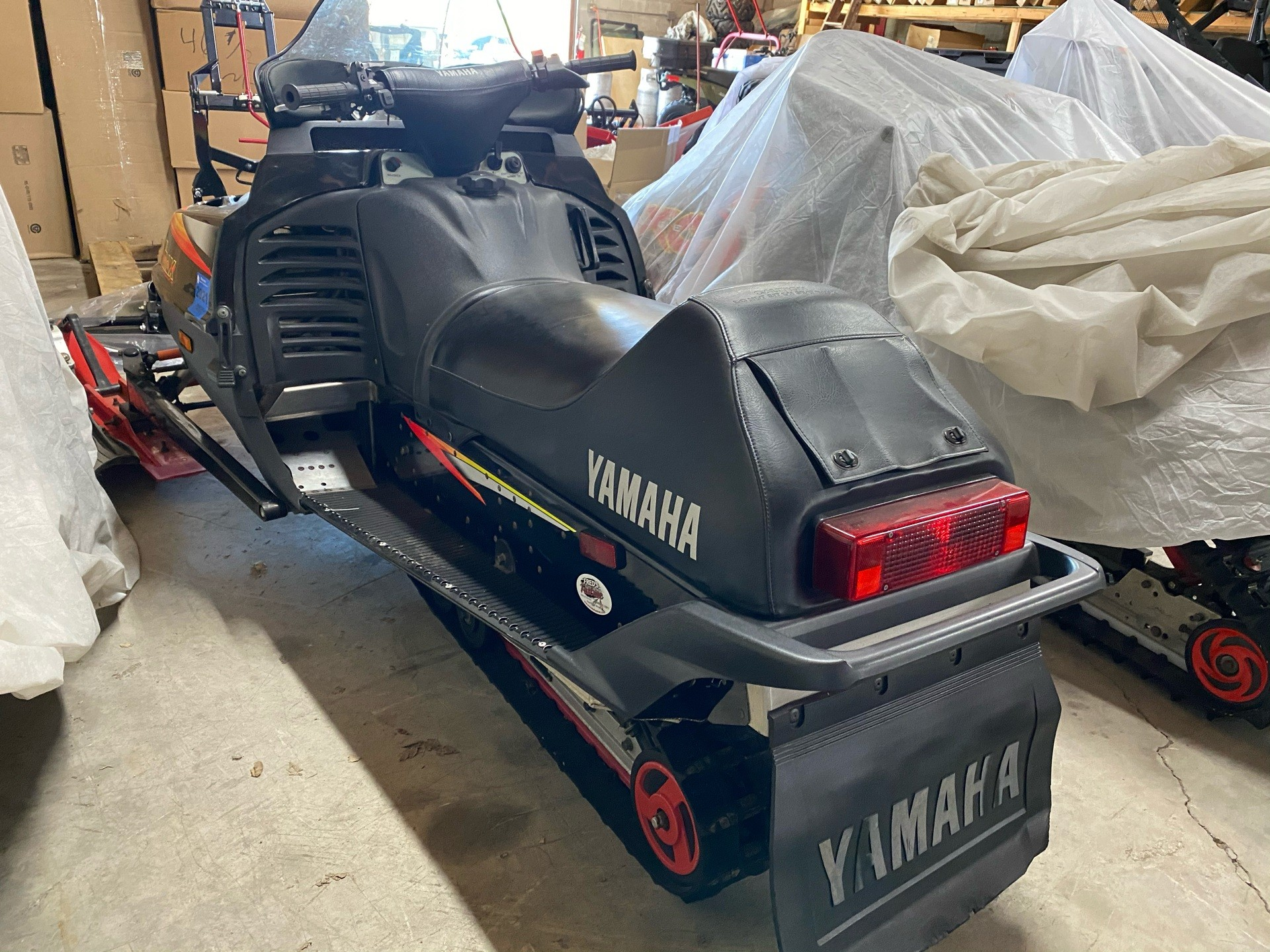 1999 Yamaha VMAX 700 in Fond Du Lac, Wisconsin - Photo 4