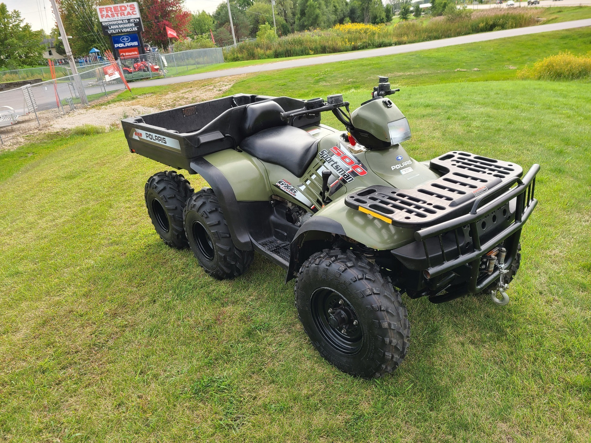 2004 Polaris Sportsman 6x6 in Fond Du Lac, Wisconsin - Photo 2