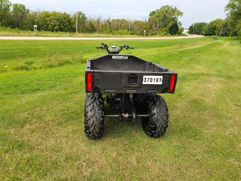 2004 Polaris Sportsman 6x6 in Fond Du Lac, Wisconsin - Photo 5