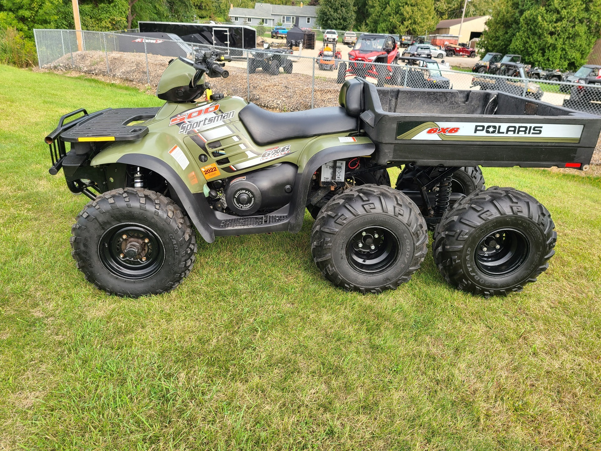 2004 Polaris Sportsman 6x6 in Fond Du Lac, Wisconsin - Photo 6