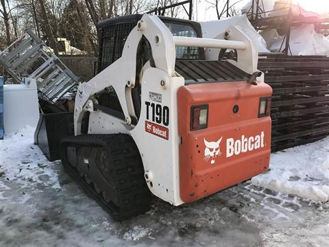 2009 Bobcat T190 in Fond Du Lac, Wisconsin