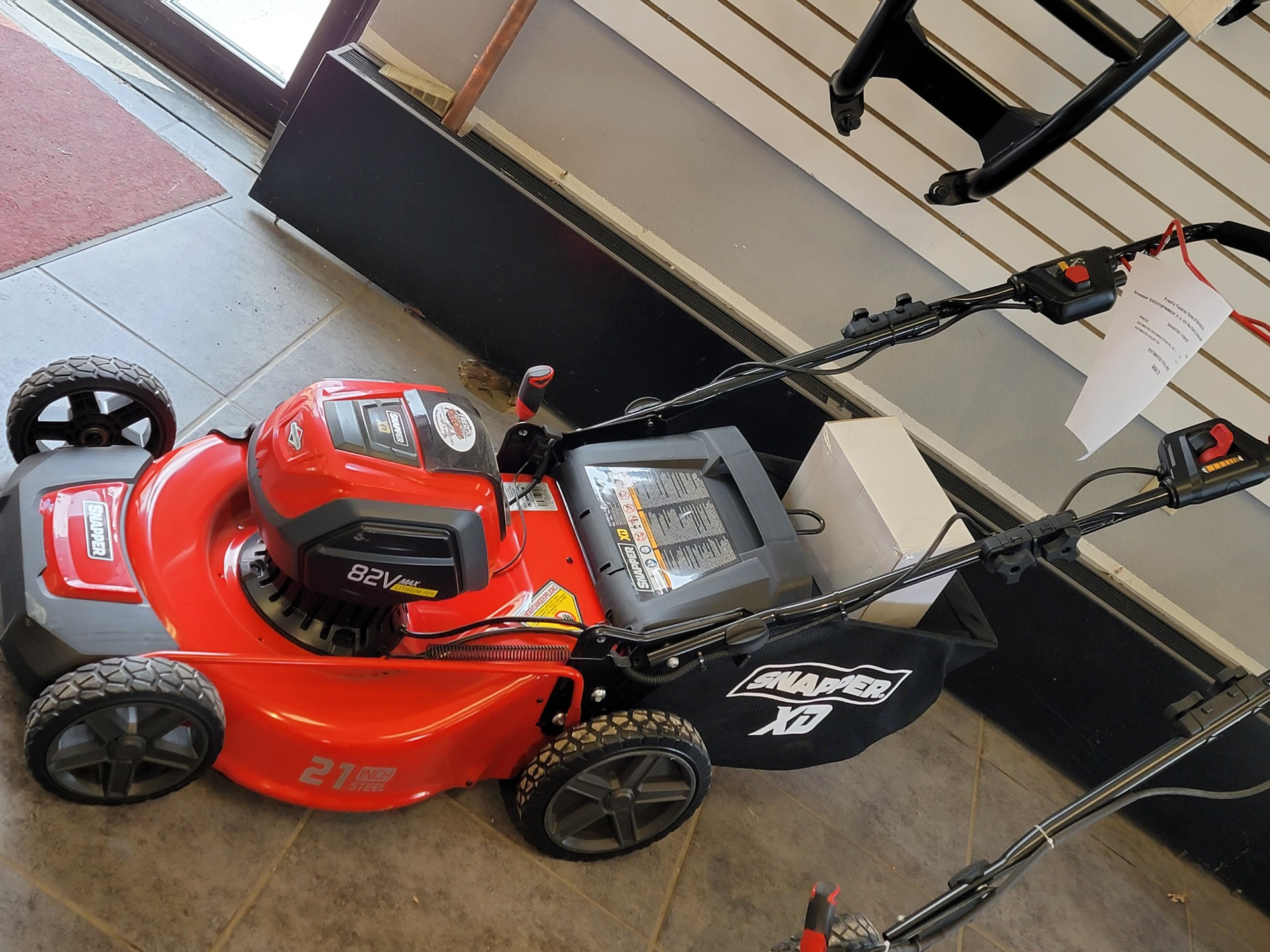 Snapper SXD21SPWM82K 21 in. 82V Max Electric Cordless Self-Propelled in Fond Du Lac, Wisconsin - Photo 1