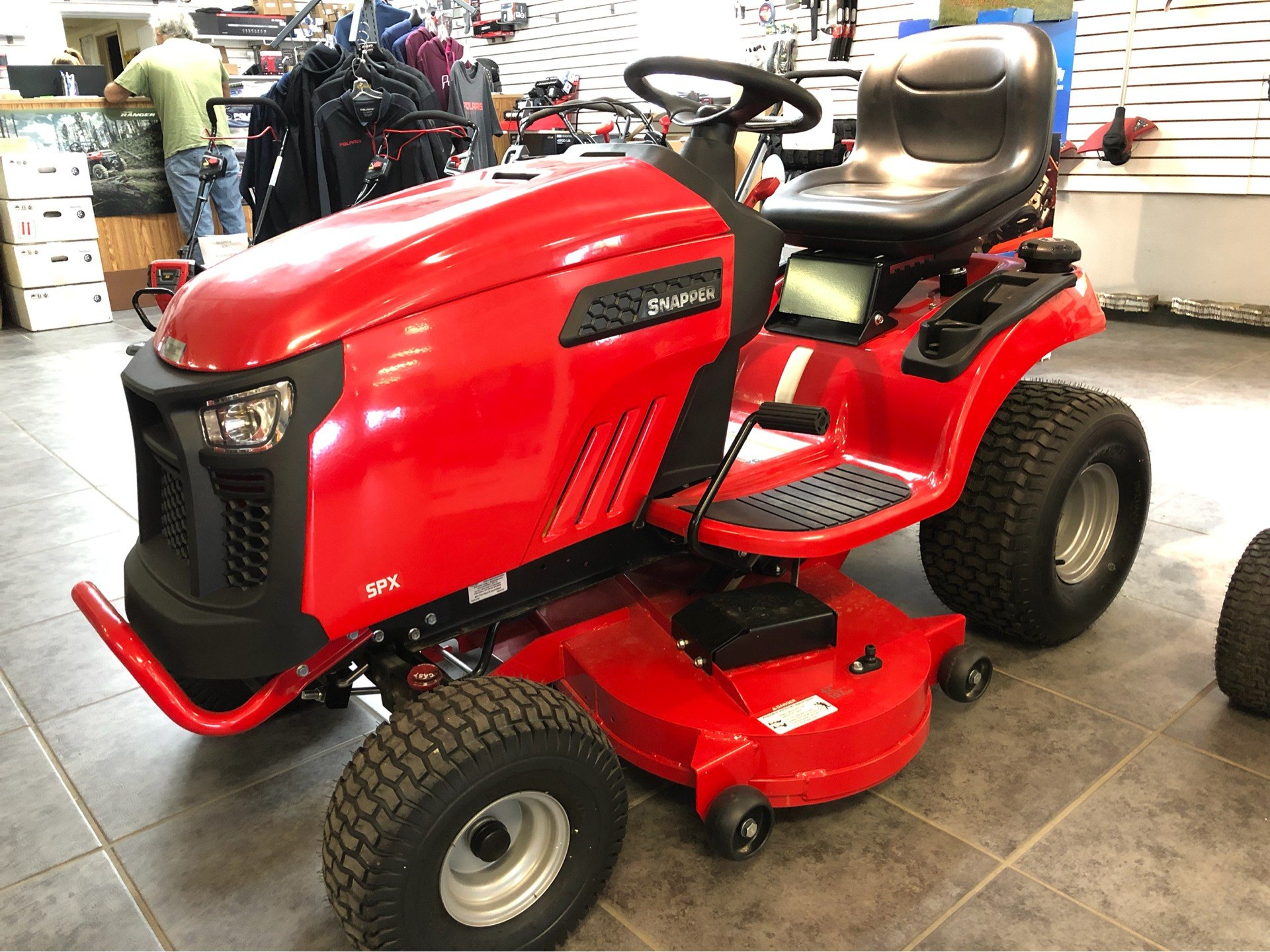 2018 Snapper SPX 25/42 42 in. Briggs & Stratton 25 hp in Fond Du Lac, Wisconsin - Photo 2