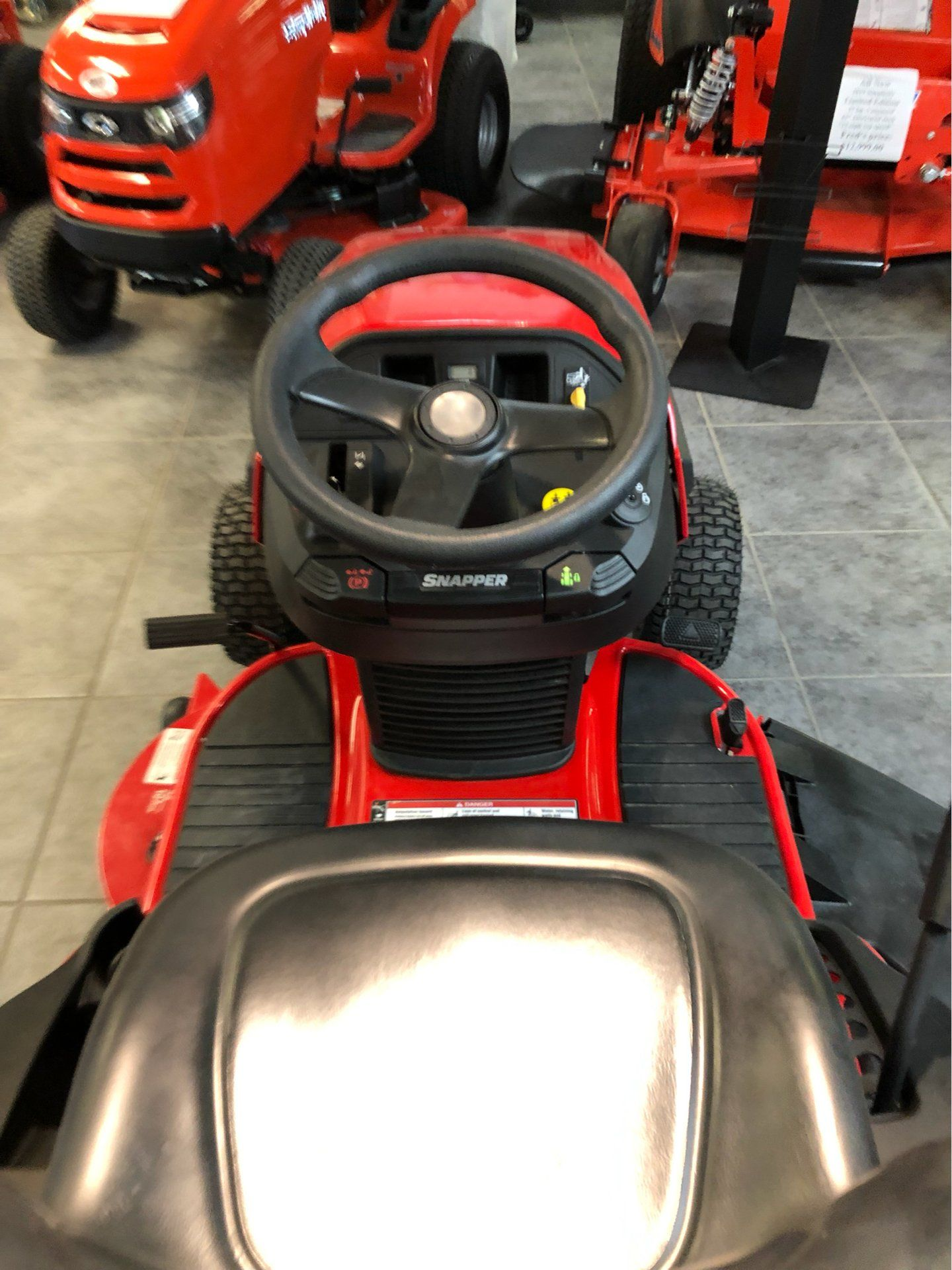 2018 Snapper SPX 25/42 42 in. Briggs & Stratton 25 hp in Fond Du Lac, Wisconsin - Photo 6