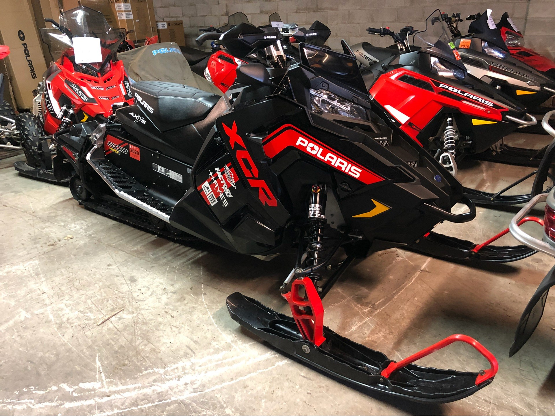 2018 Polaris 800 RUSH XCR SnowCheck Select 1