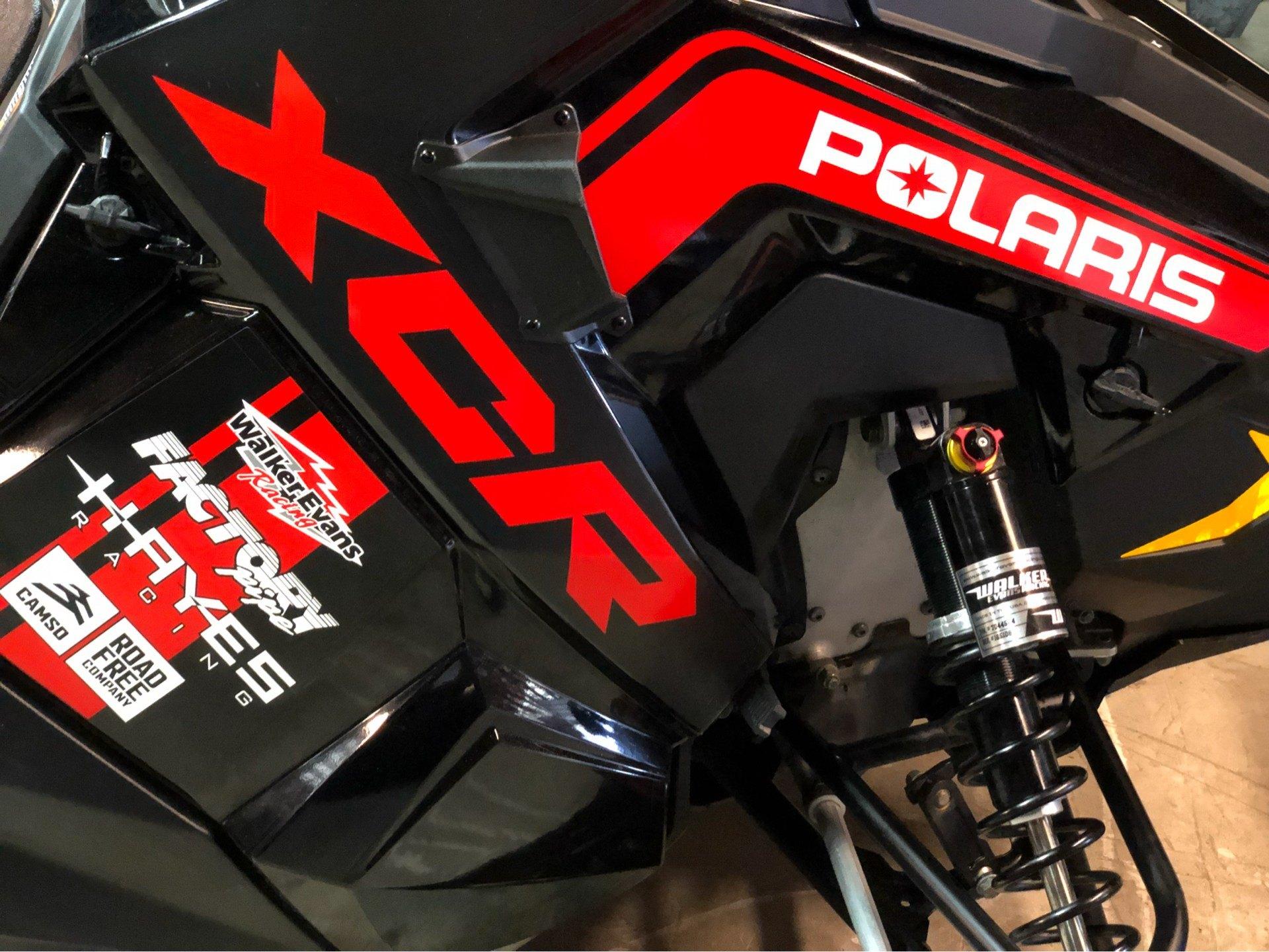 2018 Polaris 800 RUSH XCR SnowCheck Select 2