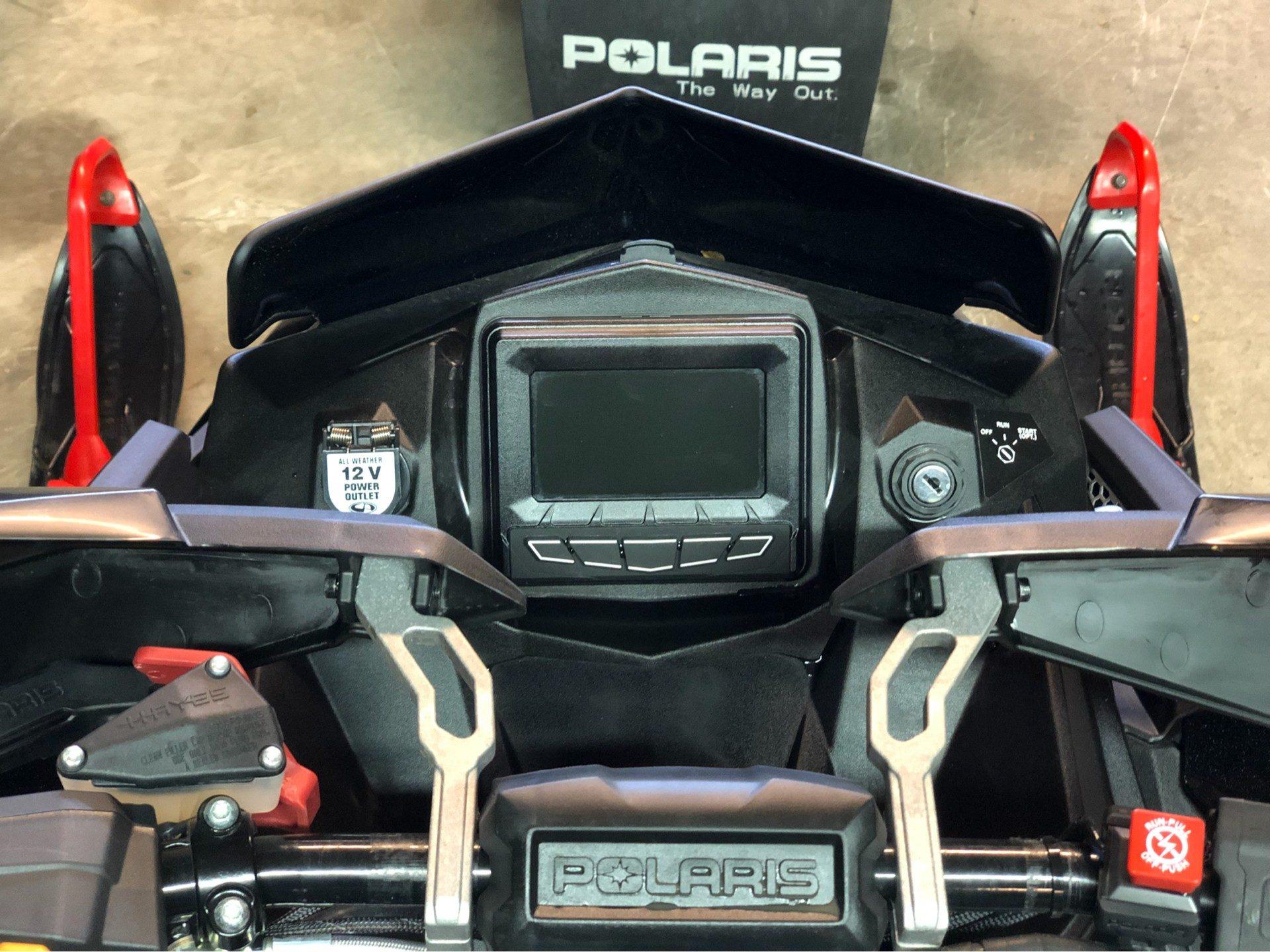 2018 Polaris 800 RUSH XCR SnowCheck Select 6