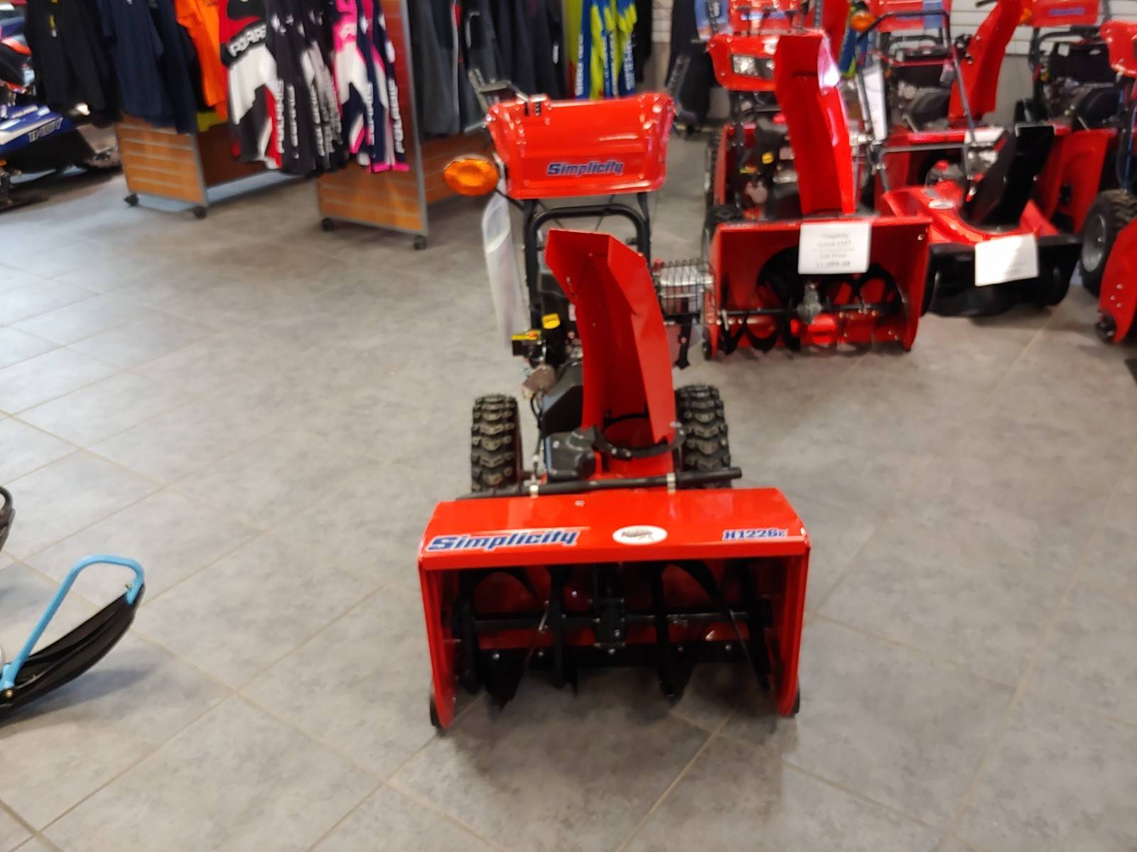 "Simplicity 26"" H1226E SNOW THROWER in Fond Du Lac, Wisconsin - Photo 1"