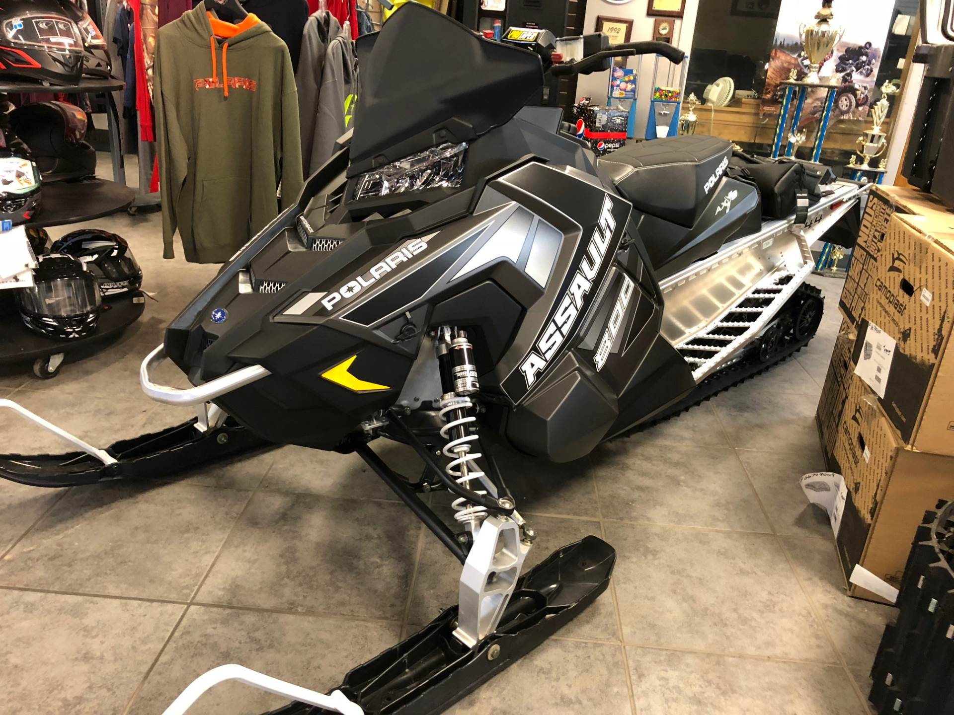 2018 Polaris 800 Switchback Assault 144 ES 2