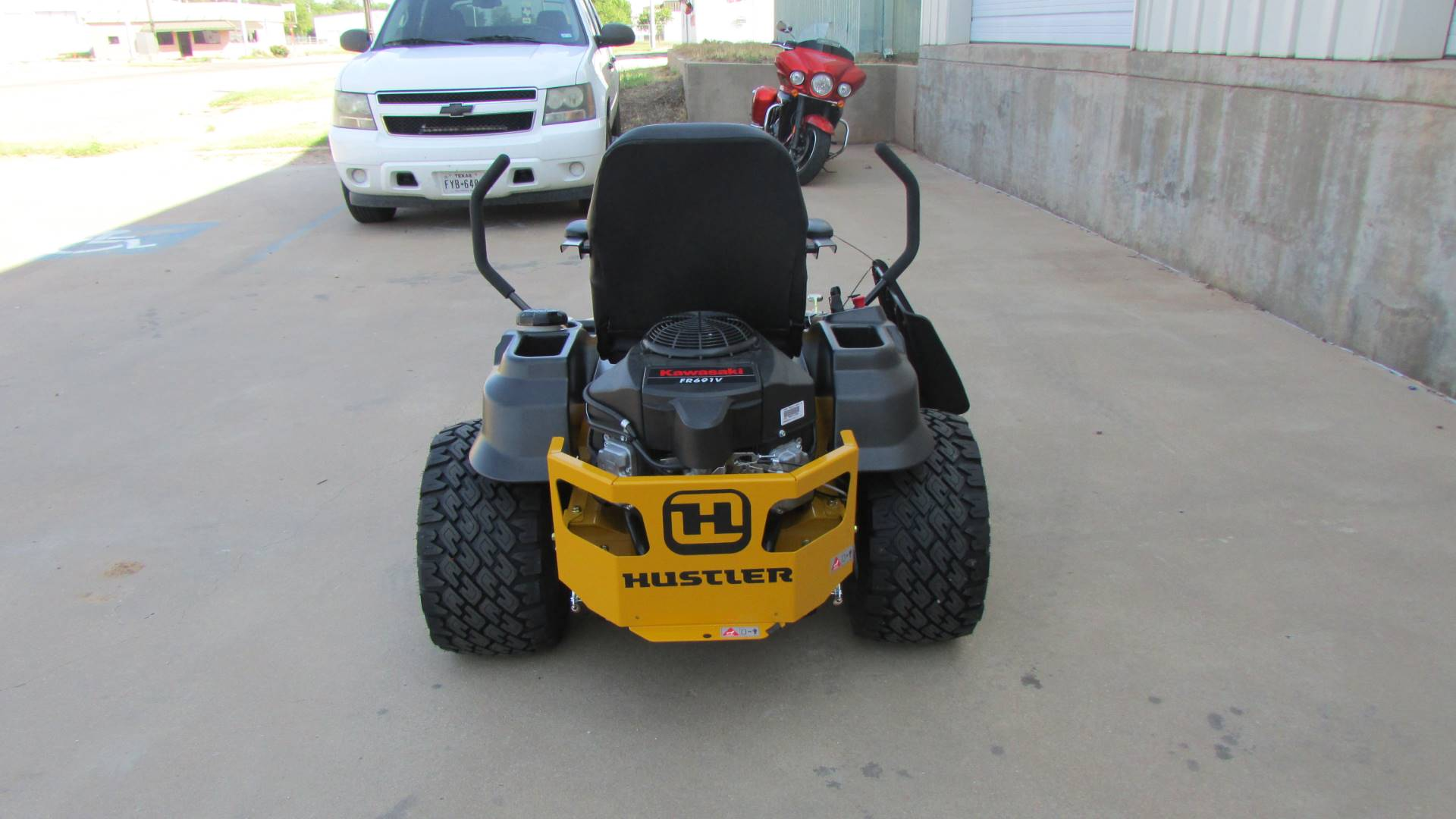 2020 Hustler Turf Equipment Raptor SDX 60 in. Kawasaki 24 hp in Wichita Falls, Texas - Photo 6