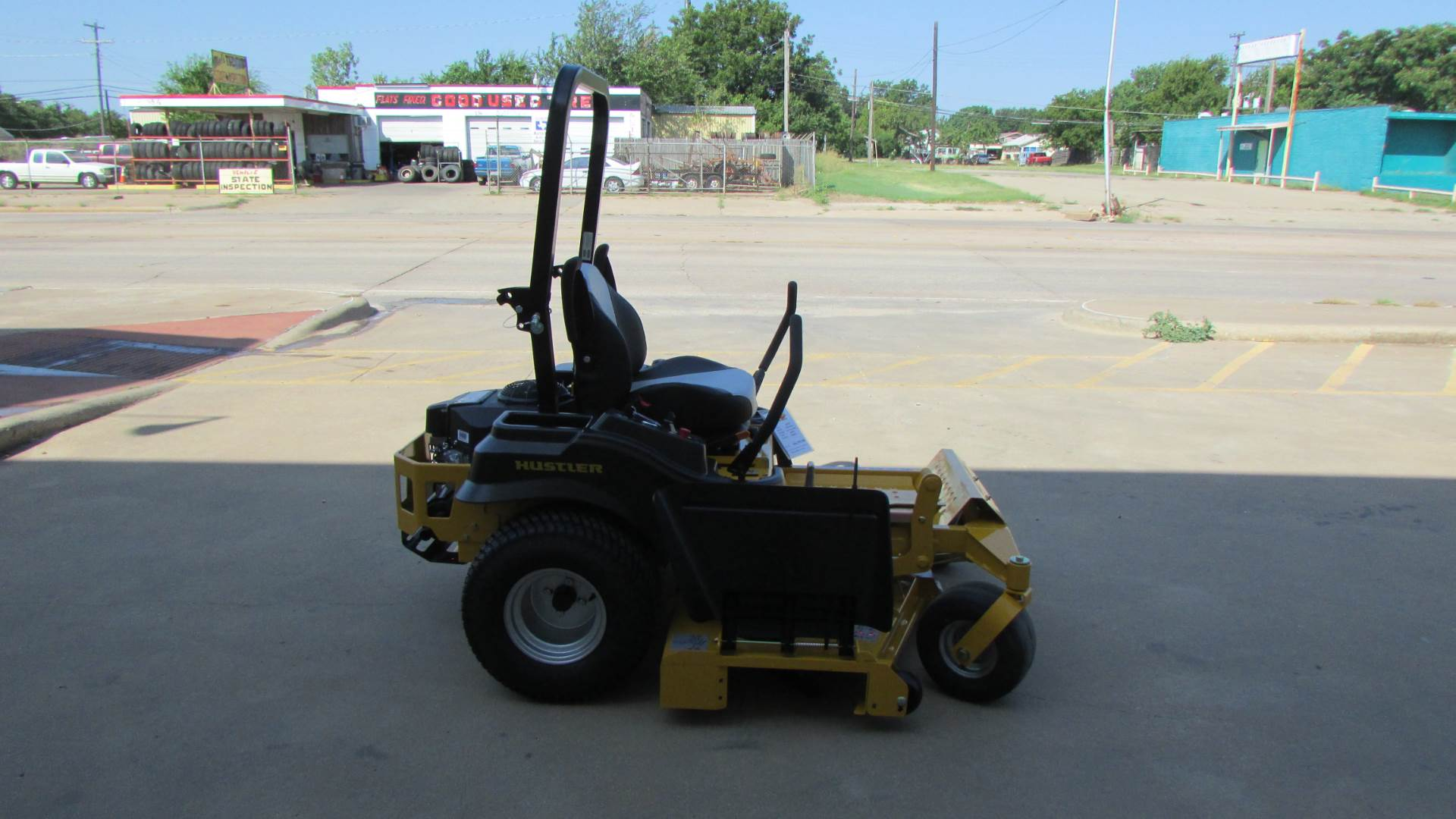 2020 Hustler Turf Equipment FasTrak 60 in. Kawasaki 24 hp in Wichita Falls, Texas - Photo 4