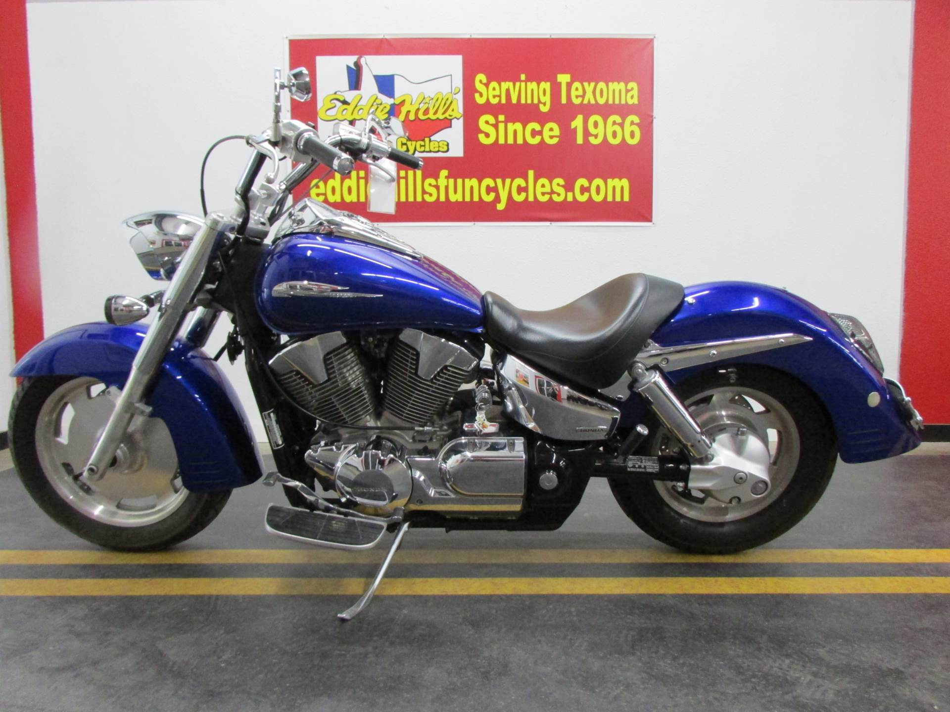 2006 Honda VTX™1300R in Wichita Falls, Texas - Photo 5