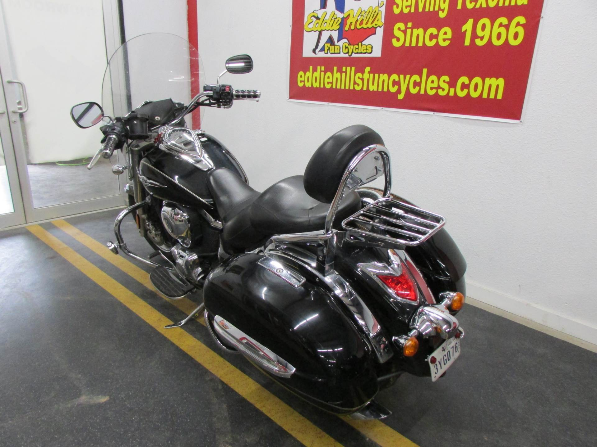 2009 Kawasaki Vulcan® 1700 Nomad™ in Wichita Falls, Texas - Photo 9
