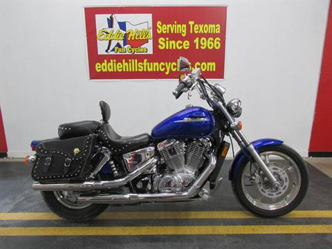 2006 Honda VT1100C1 in Wichita Falls, Texas