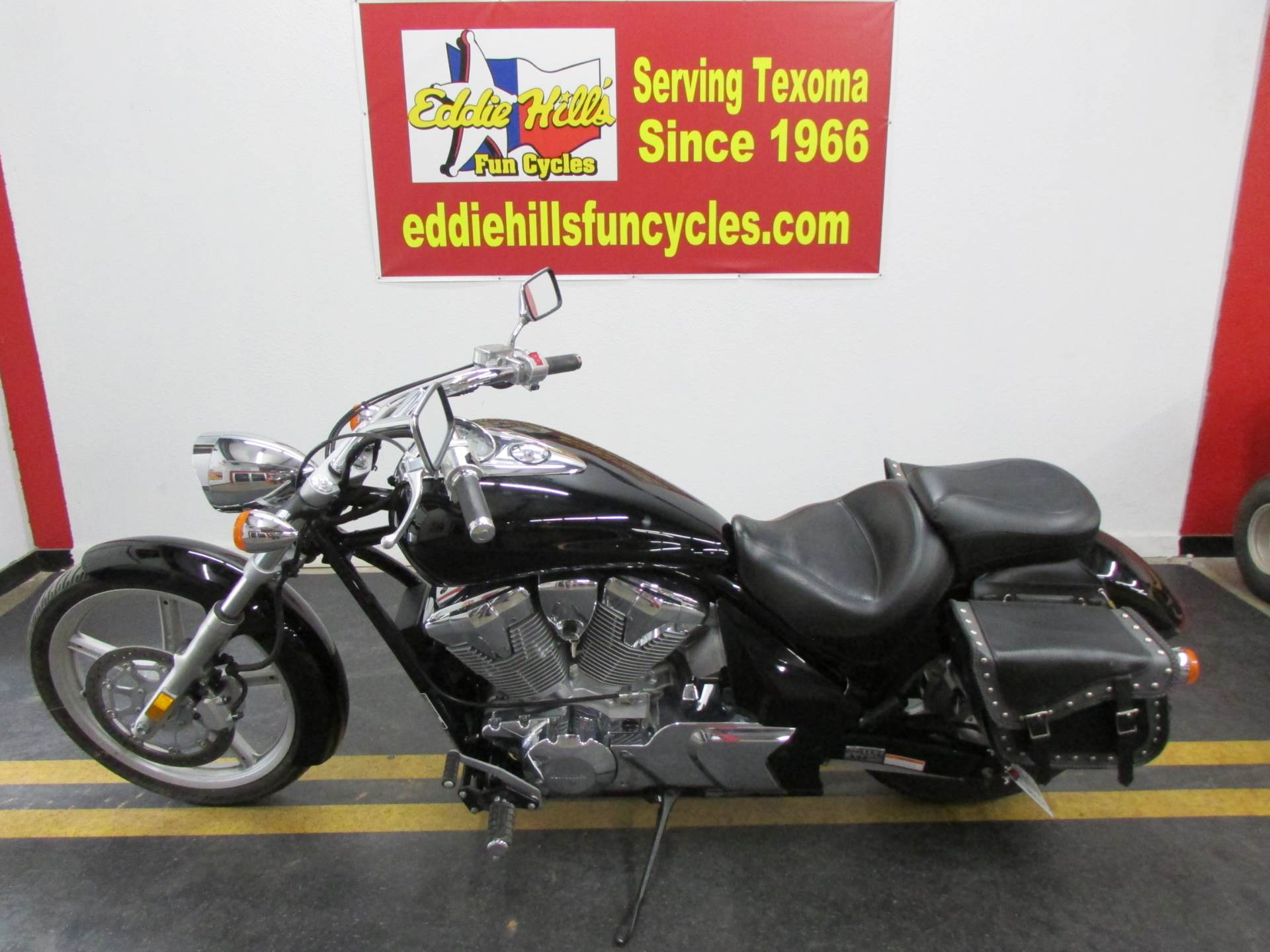 2010 Honda Sabre in Wichita Falls, Texas - Photo 8
