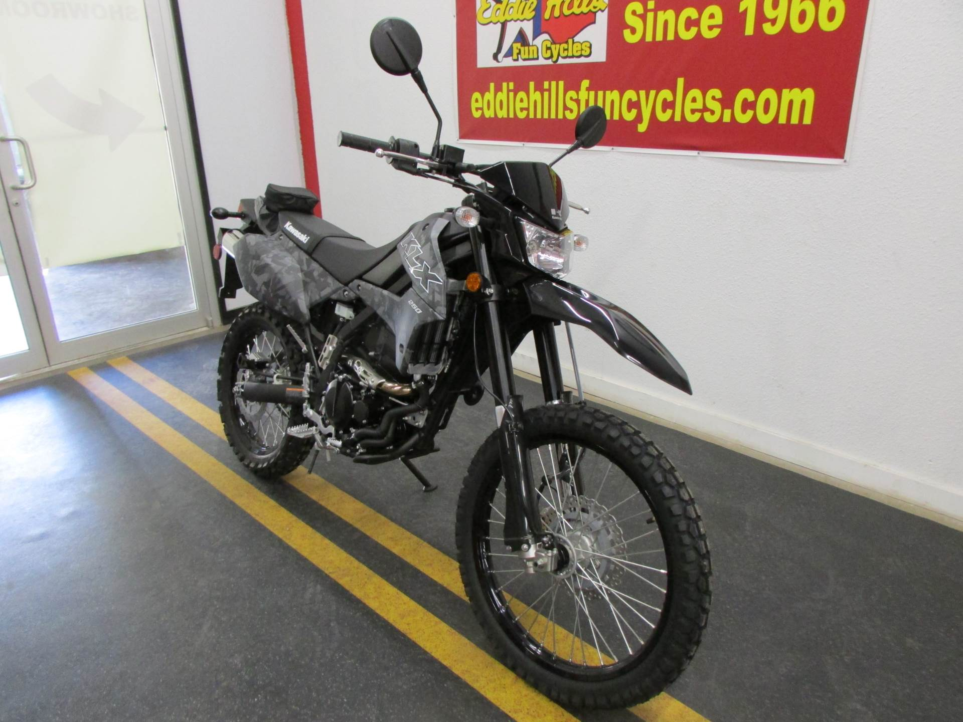 2020 Kawasaki KLX 250 Camo in Wichita Falls, Texas - Photo 2