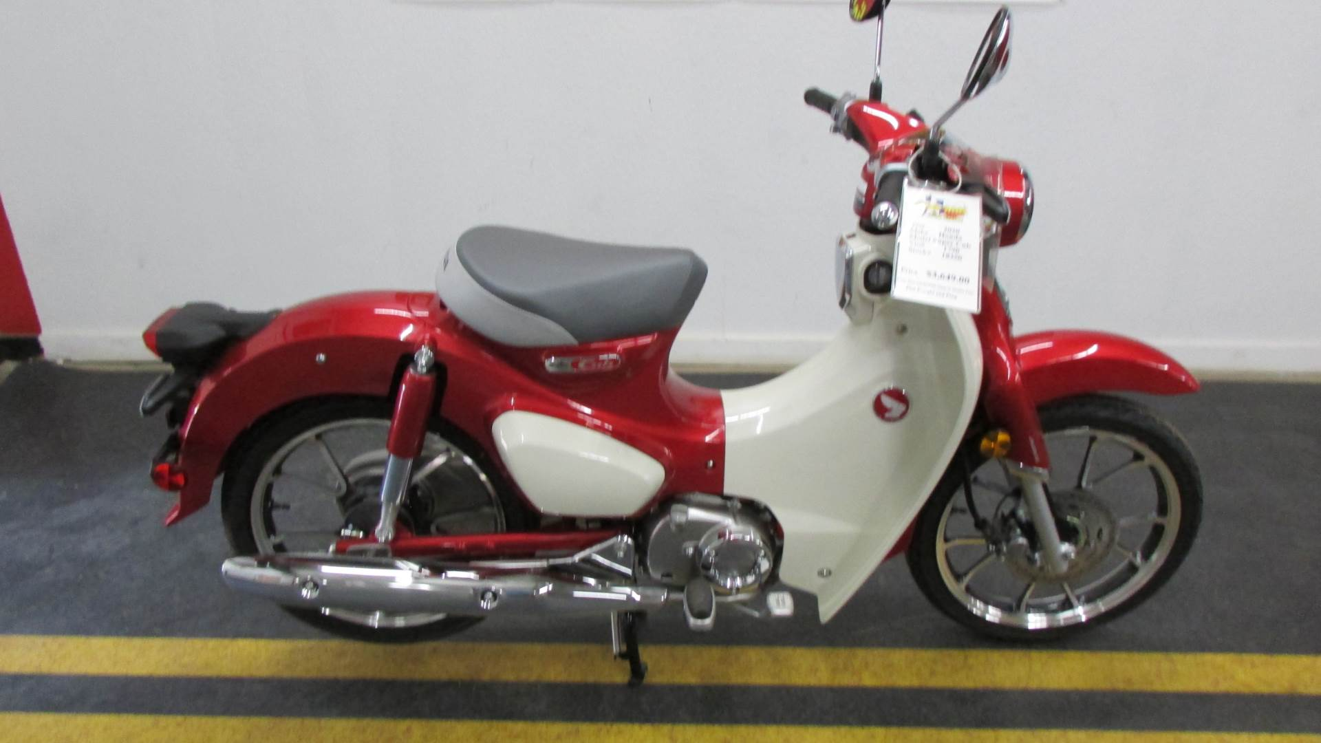 2020 Honda Super Cub C125 ABS in Wichita Falls, Texas - Photo 2