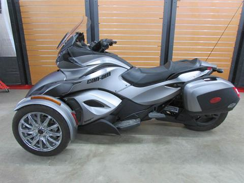 2014 Can-Am Spyder® ST Limited in Wichita Falls, Texas