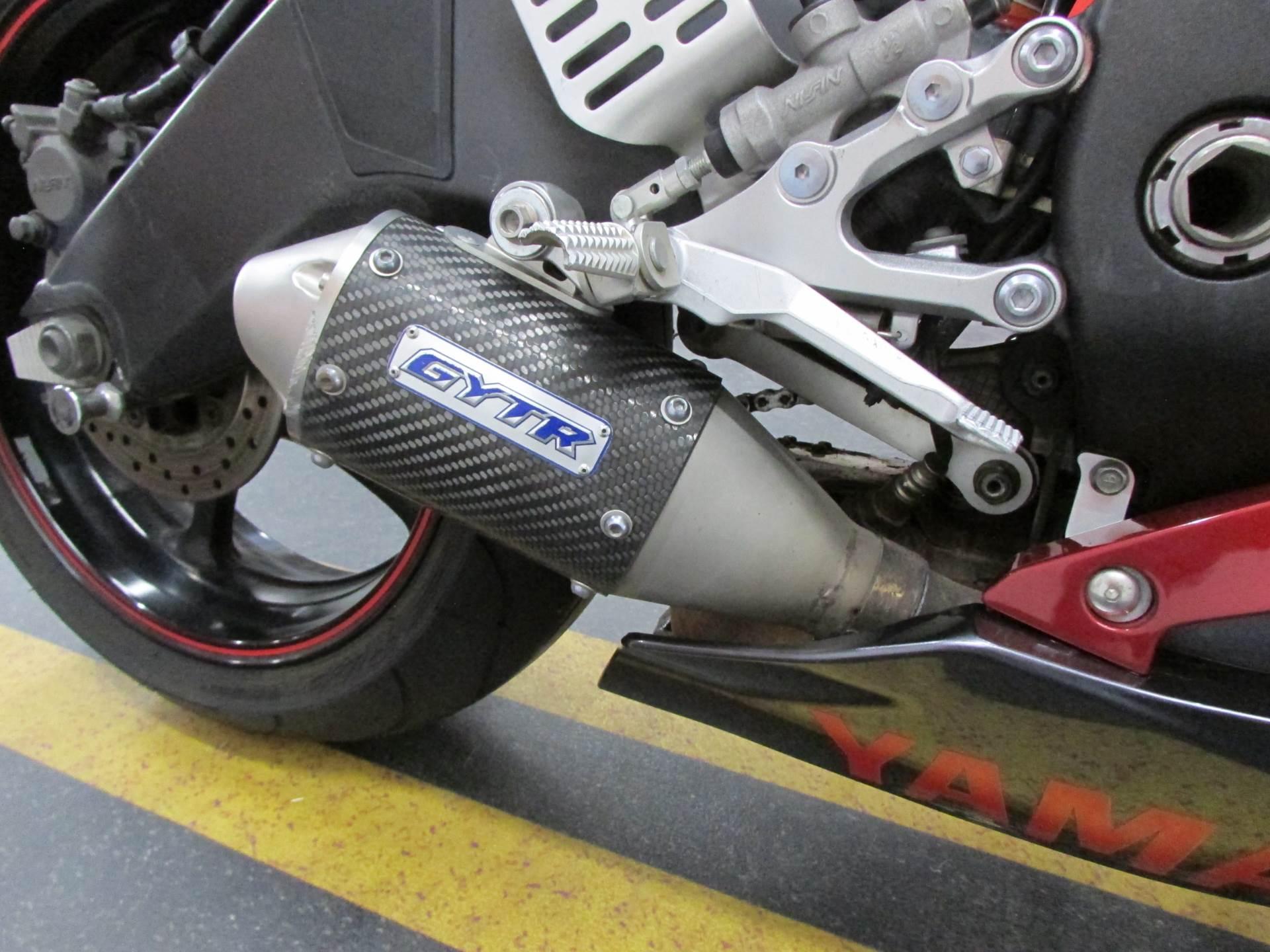 2007 Yamaha YZF-R6 11